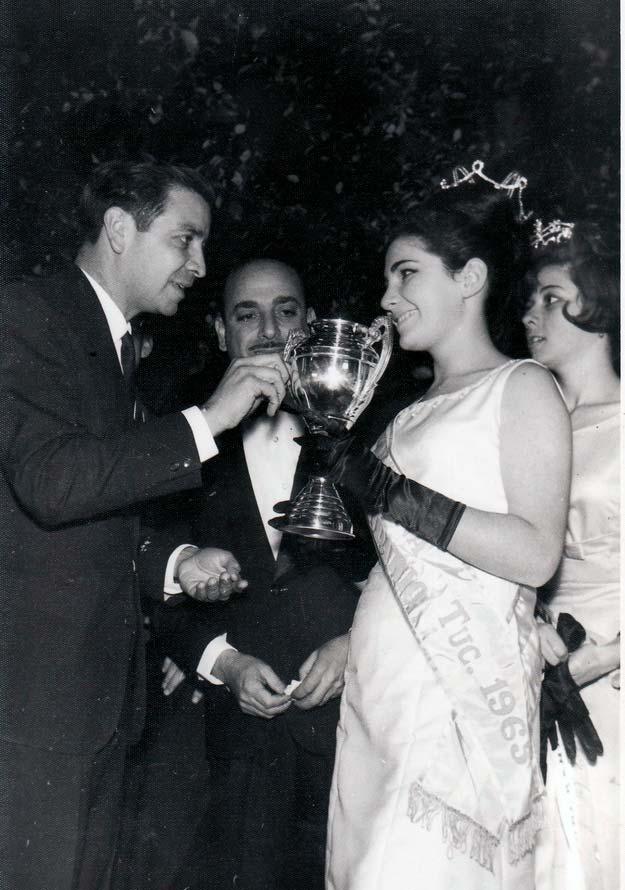 Reina en el día de los estudiantes de 1965